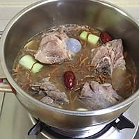 入秋一碗养生汤【虫草花猪骨汤】#晒出你的团圆大餐#的做法图解4