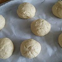 营养早餐  花式夹心面包   (芝士肠 果酱 肉松三种口味)的做法图解5