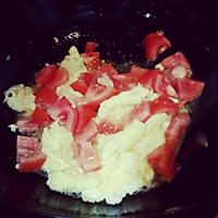 西红柿鸡蛋炒饭的做法图解3