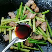 蒜苔回锅肉的做法图解10