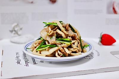 #父亲节,给老爸做道菜#肉片白玉菇小炒