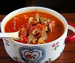 #入秋滋补正当时#牛腩柿子汤的做法