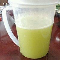 黄瓜雪梨金桔汁的做法图解3