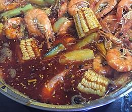 虾吃虾涮虾火锅的做法