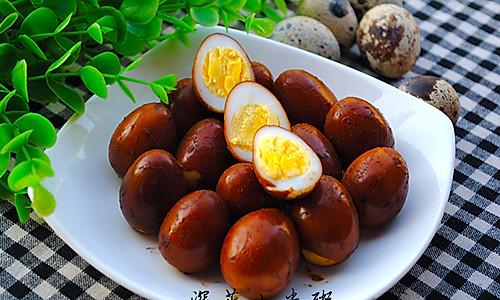 十分钟做卤鹌鹑蛋(附快速剥蛋壳的方法)的做法