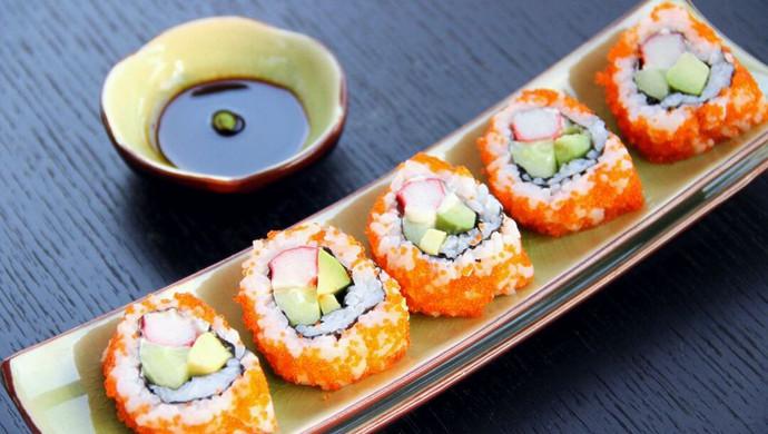 上班族的活力营养午餐 反卷寿司·加州卷·