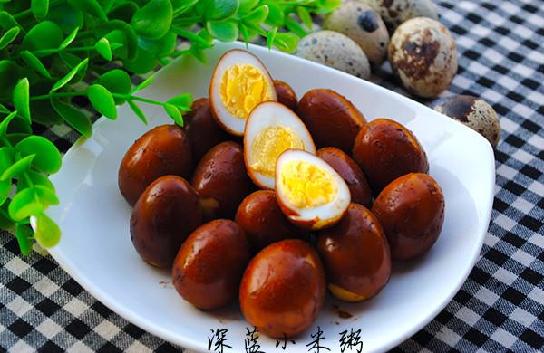 十分钟做卤鹌鹑蛋(附快速剥蛋壳的方法)