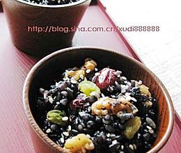 软糯香甜的乌米饭的做法