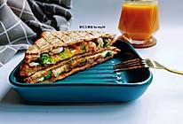 #我的养生日常-远离秋燥#低脂早餐:虾仁三明治+南瓜糊的做法