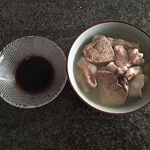 和爸爸一起喝碗猪杂汤吧!广式猪杂汤,极其简单~