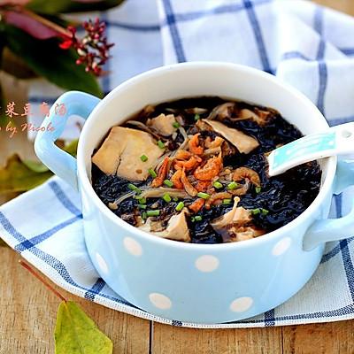 金针紫菜豆腐汤