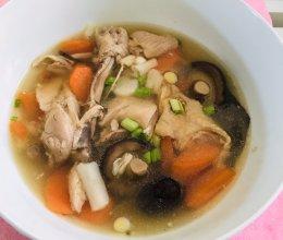 炖鸡腿汤的做法