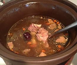 鸽子煲汤的做法