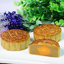 【中秋少不得,传统的蛋黄莲蓉月饼】这种月饼,最能代表中秋节!