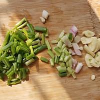 快手家常菜 韭菜炒蛤蛎肉 超下饭的做法图解2