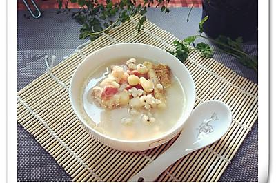 野苋菜头、薏米、扁豆、筒骨汤