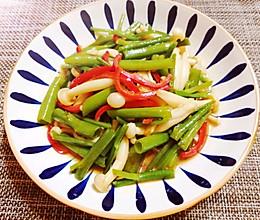 #巨下饭的家常菜#空心菜炒海鲜菇的做法