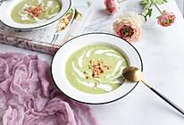 我要把最美的花儿献给你——献礼国庆之培根西兰花奶油浓汤的做法