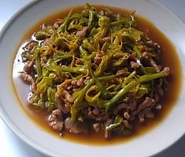 黄花菜炒肉丝的做法