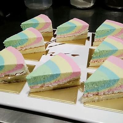 彩虹芝士蛋糕。