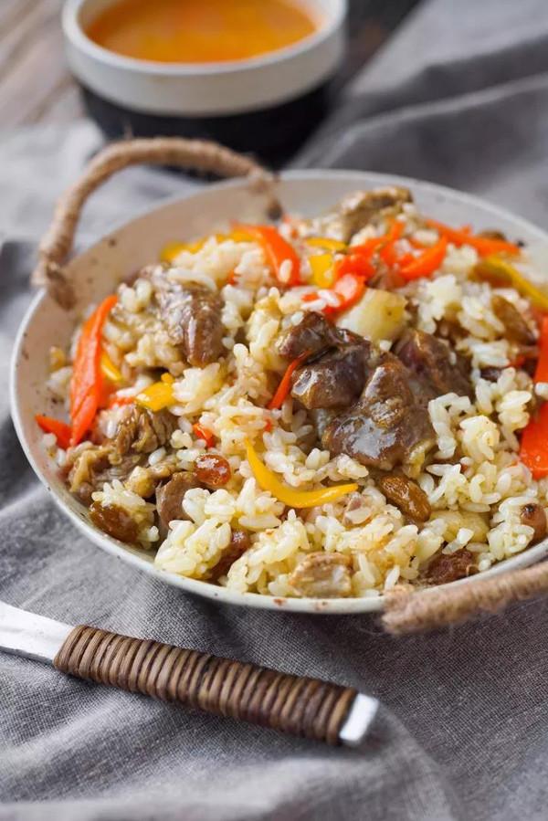 电饭煲羊肉抓饭的做法