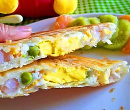 5分钟就可以做好的懒人早餐,虾仁鸡蛋三明治的做法