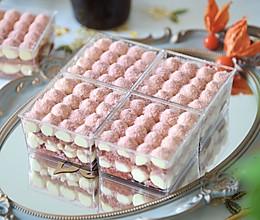 不用拼单在家享受高颜值下午茶 樱花提拉米苏