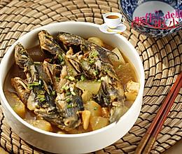 黄骨鱼炖冬瓜的做法