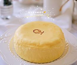 """经典舒芙蕾奶酪蛋糕-每舀一口下去都会发出""""噗咻噗咻""""美妙声音的做法"""