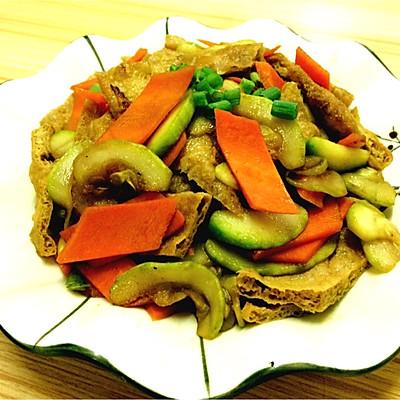 低脂餐西葫芦炒豆干