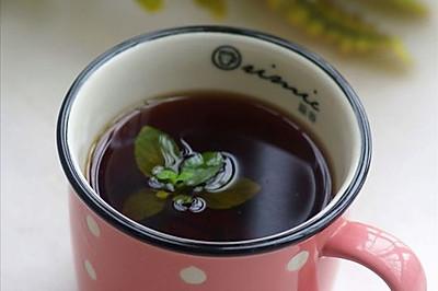 清新就在那抹薄荷香:提神醒脑的薄荷红茶
