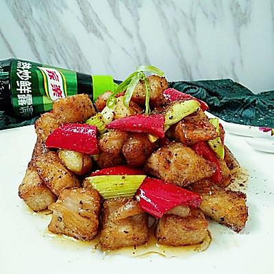 【鲜香黑椒蒜子肉】