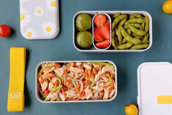 鸡丝沙拉+青团毛豆