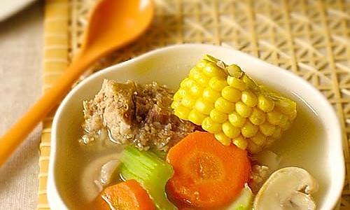田园蔬菜龙骨汤的做法