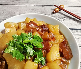 萝卜炖牛蹄筋的做法