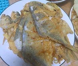 干炸黄花小银鲳鱼的做法