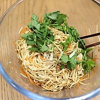 #福气年夜菜# 烫拌豆腐丝的做法图解8