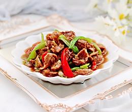 #全电厨王料理挑战赛热力开战!#双椒爆鸡胗的做法