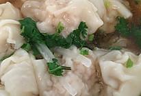 鲜虾猪肉馄饨。宝宝也能吃的开心的馄饨。的做法