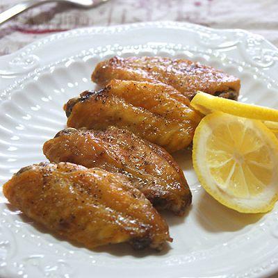 柠香黑椒蜜汁鸡翅