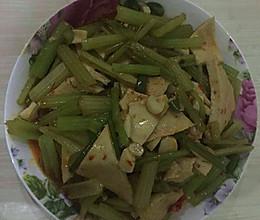 芹菜炒千叶豆腐的做法