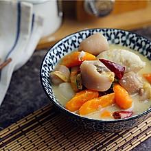 #精品菜谱挑战赛#芋头胡萝卜炖猪尾