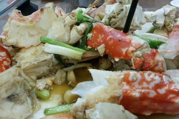 姜葱红蟹的做法