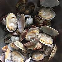 #520,美食撩动TA的心!#花蛤菌菇豆腐汤的做法图解3