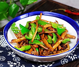 冬季下饭菜~茶树菇尖椒炒肉的做法