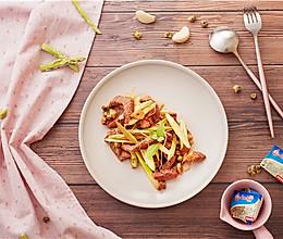 营养快手黄油菊香芦笋牛肉的做法