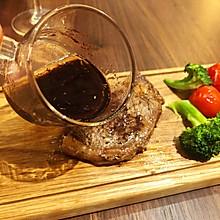 红葡萄酒酱汁(可配牛排和沙拉)