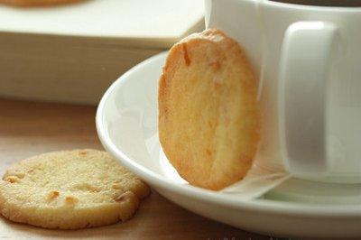 糖渍橙皮黄油饼干