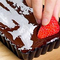 免烤草莓巧克力塔的做法图解4