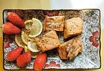 柠檬香煎三文鱼的做法